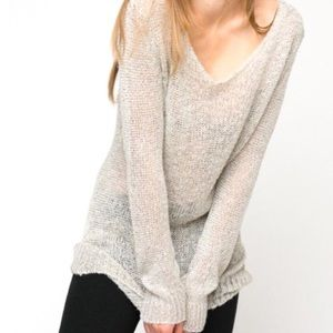Brandy Melville Thin Knit Long Sleeve Sweater